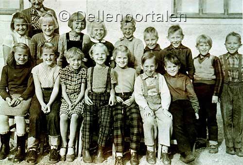 skst-017-skolklass-1954-1955