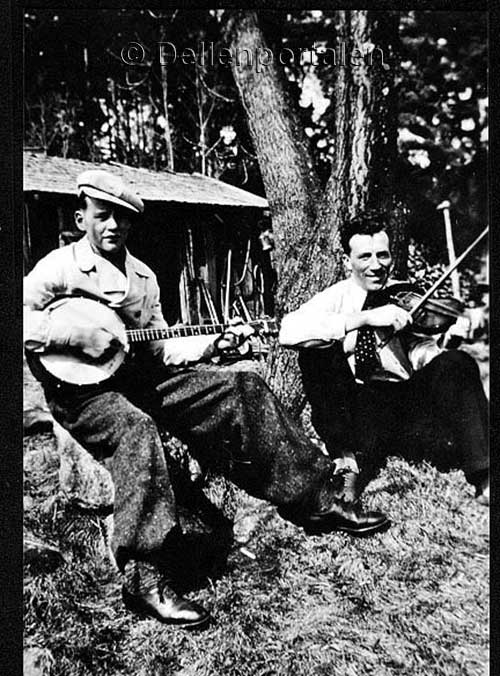 mov-025-jonas-strid-banjo