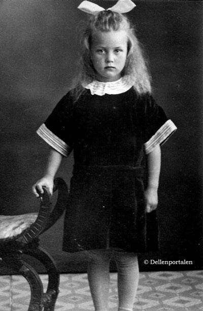 skal-014-dotter-anna