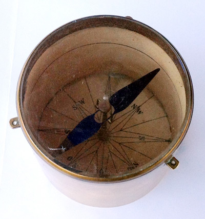 pryl-058-gruvkompass