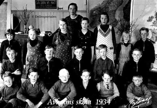 av-004-1934