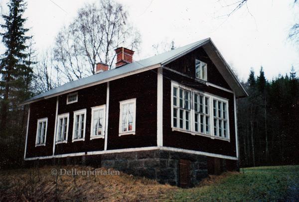 s-len-001-skolhuset