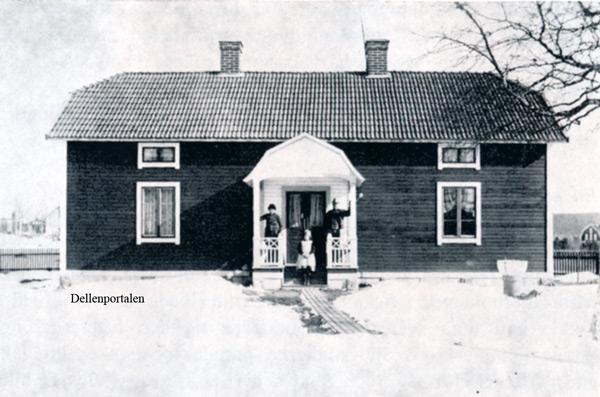 sm-002-hus