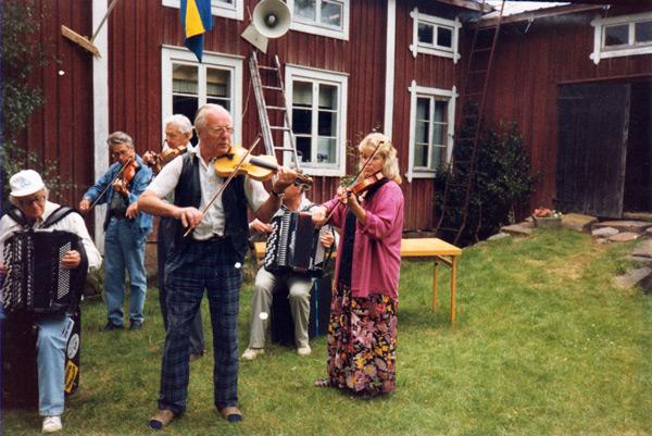 ja-082-1990