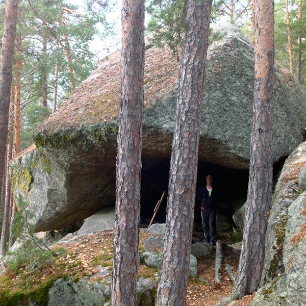 nov-002-grotta