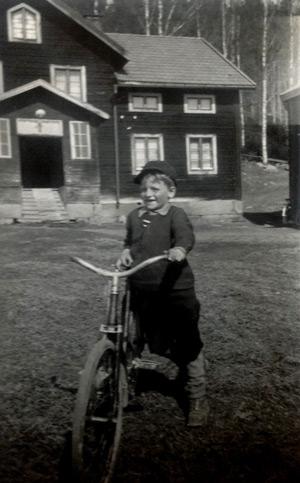 ang-057-gustav-cykel