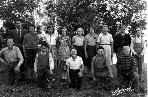 Kyrk-001-1951--kl-7