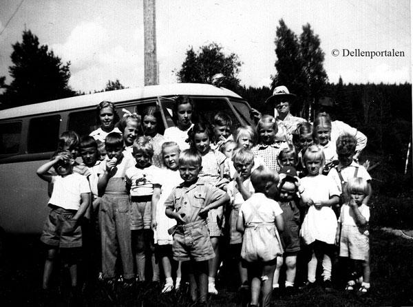 fur-020-utflygt-1953