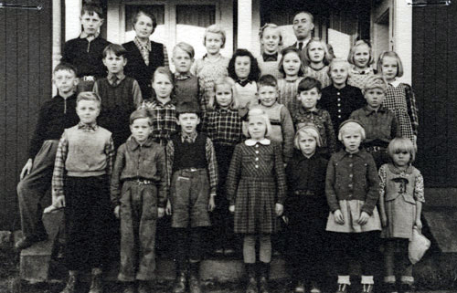 sju-008-1945
